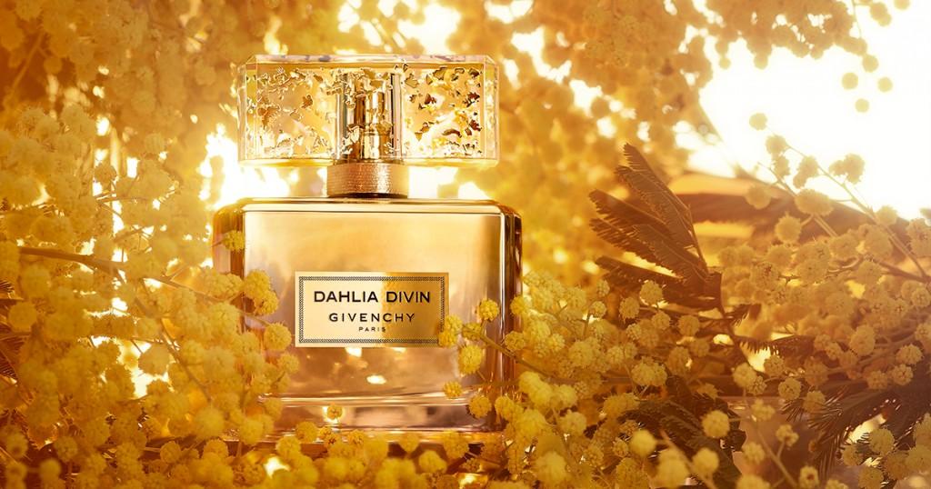 Senzualitate pura intr-o sticla aurie: Givenchy Dahlia Divin Le Nectar